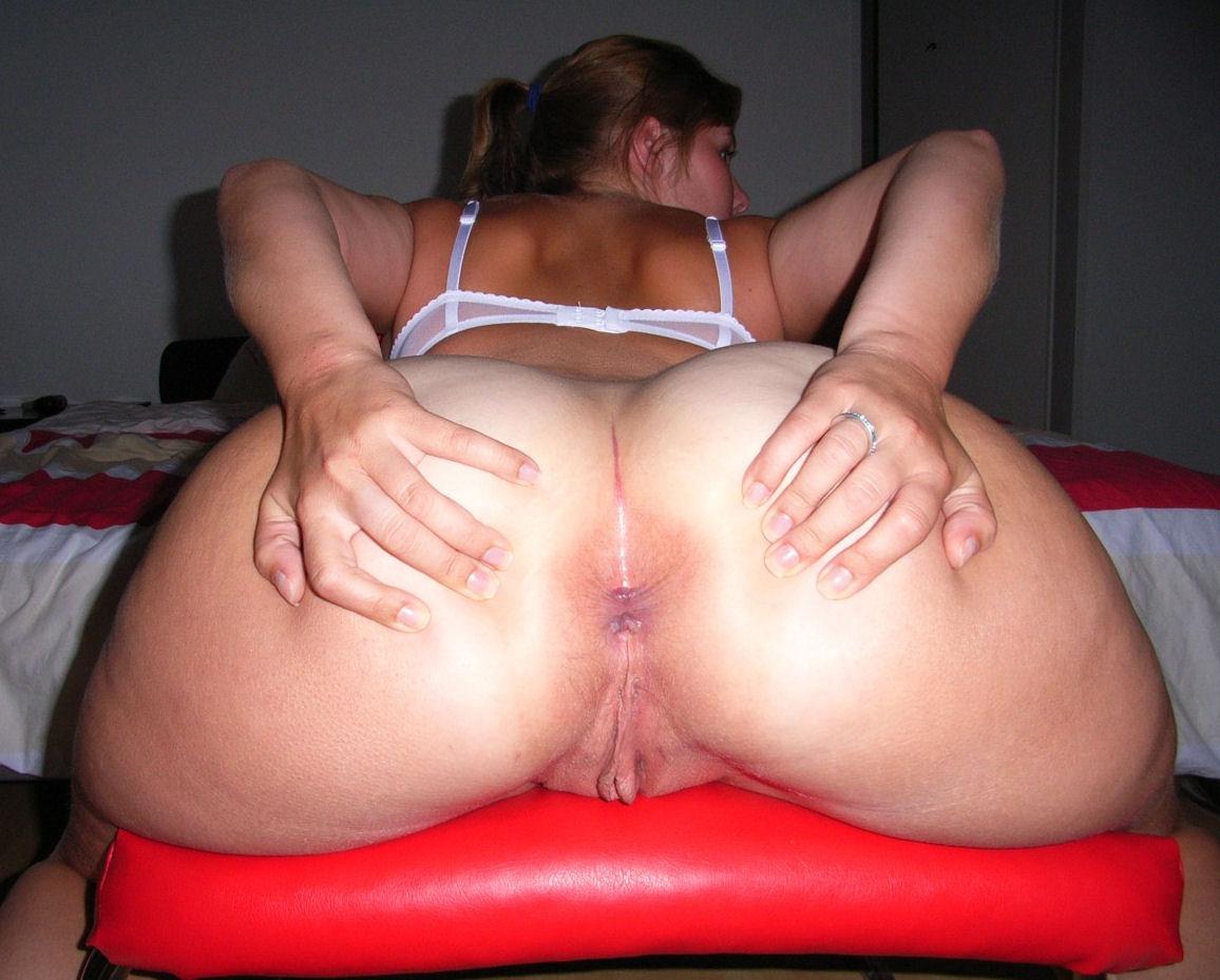 Фото порно раздвинутые жопы зрелых, Попки зрелых женщин 8 фотография