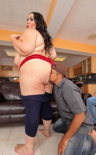 Amy brooke footjob stroking a big cock cam porn_pic11019