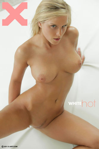X - ART - Mary ( Miela ) – White Hot 05 Jul 2012