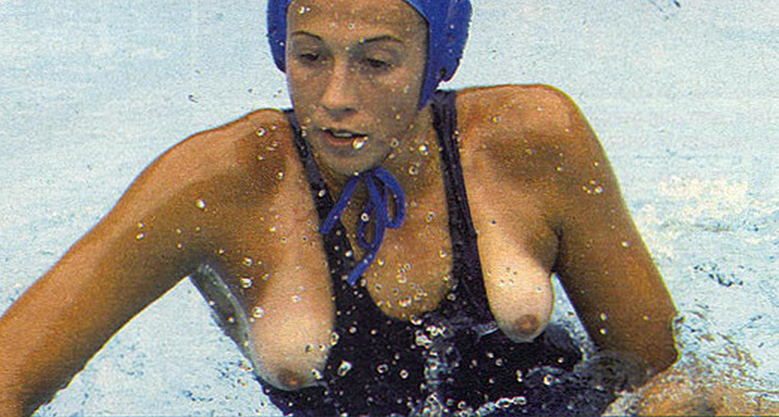 Случайно голые спорт 18 фотография