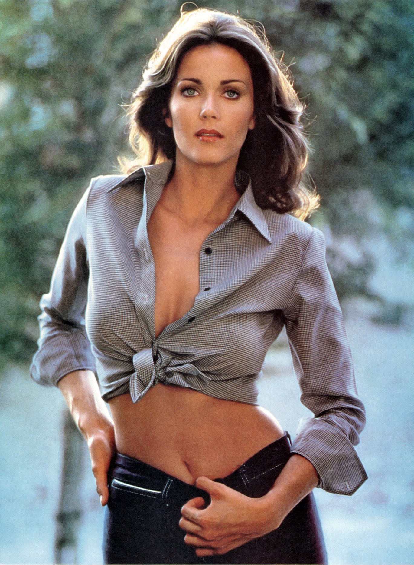Lynda Carter Mag-Cliping 1979_CBEC-Scan 45-2