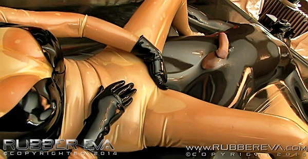 Latex sex bed