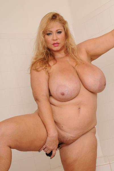 Late Night Shower - BBW Lady