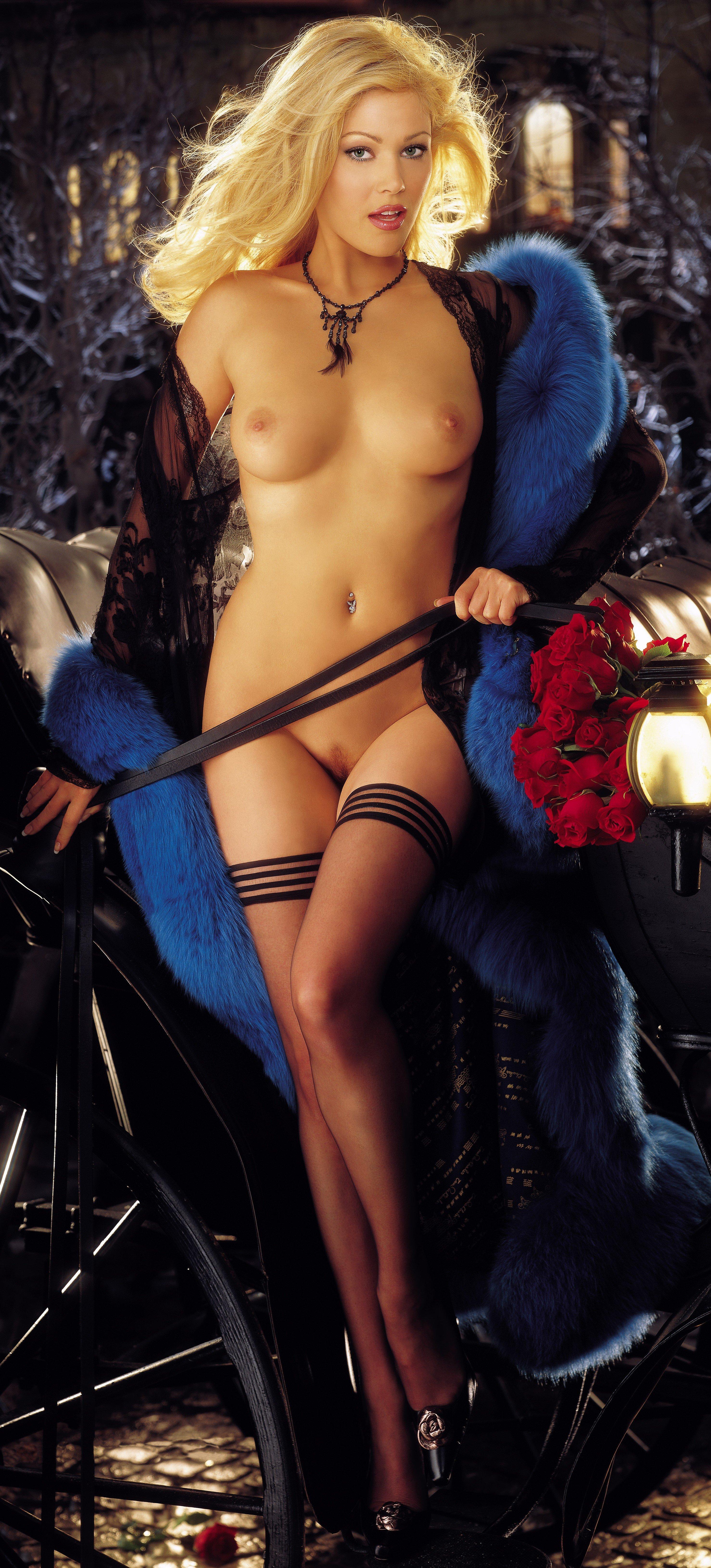 Эротическая фотография 2001 10 фотография