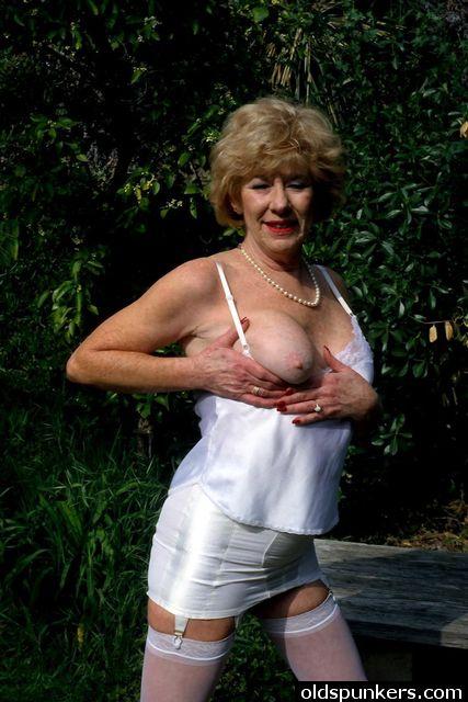 Granny diane richards 1
