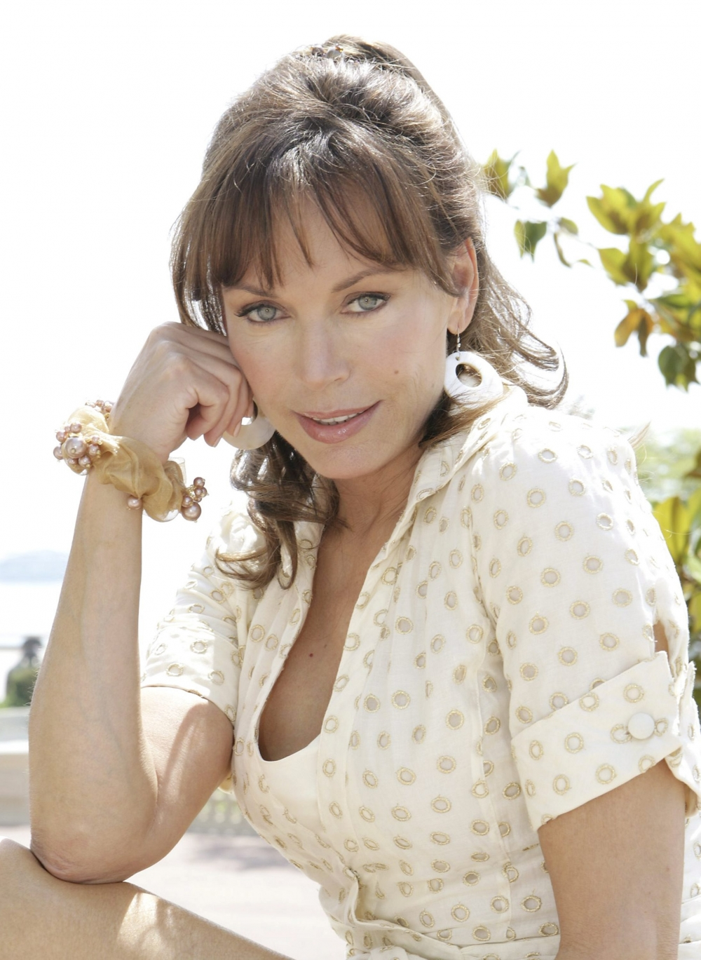 049467697_Lesley_AnneDown_UnknownPS6_122_586lo,