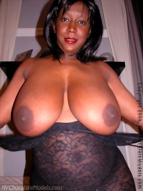 Mujeres gordas negras del asno