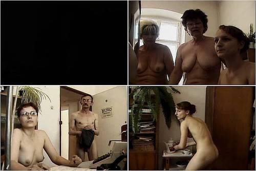 Agnieszka naked in public 5