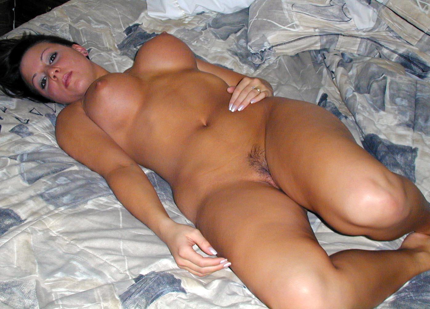 Секс с пышными голыми тетками 2 фотография