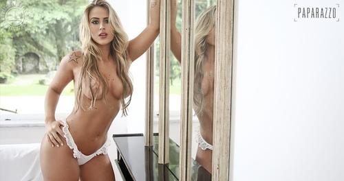 Mujeres con curvas desnudas fotos