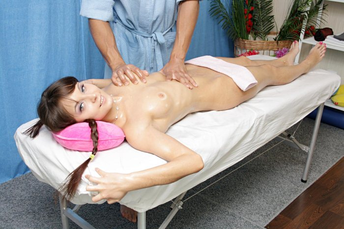 real happy ending massage porn Port Macquarie