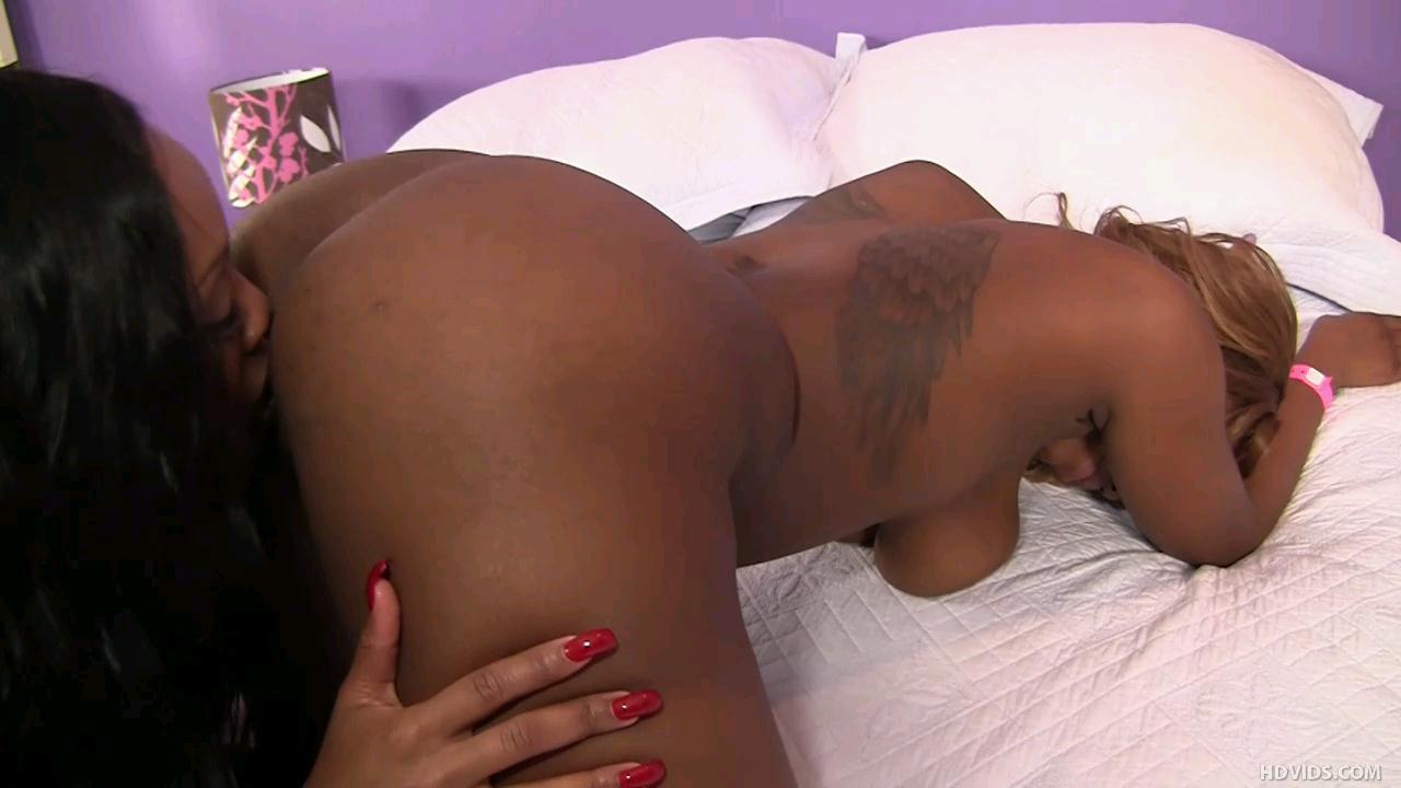 Big black asss