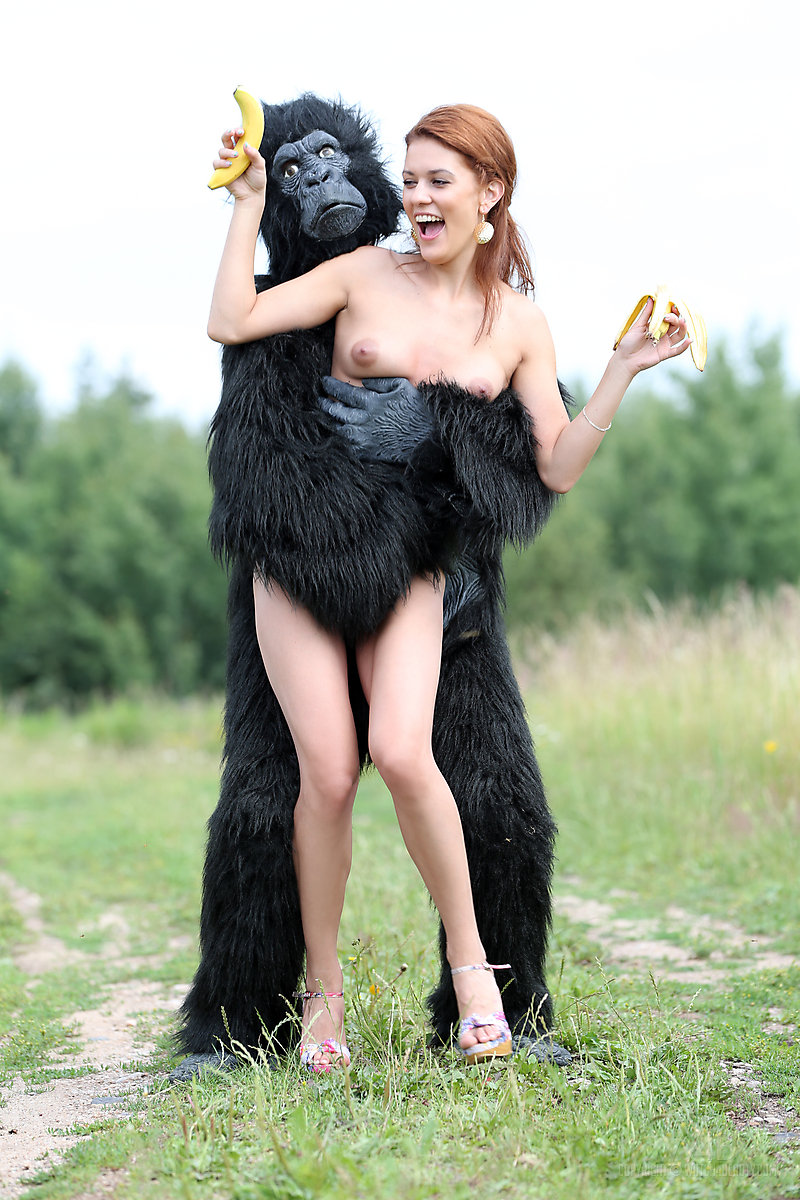 nude women getting poked
