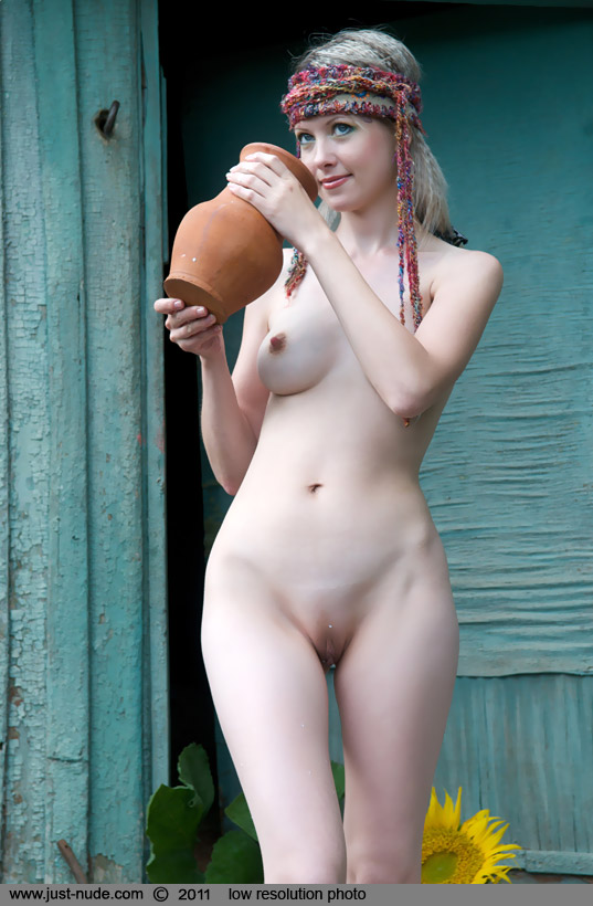 Фото голых украинок бесплатно