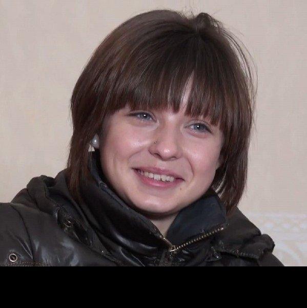 Молодая и очень скромная русская девушка подалась на кастинг к Пьеру Вудман