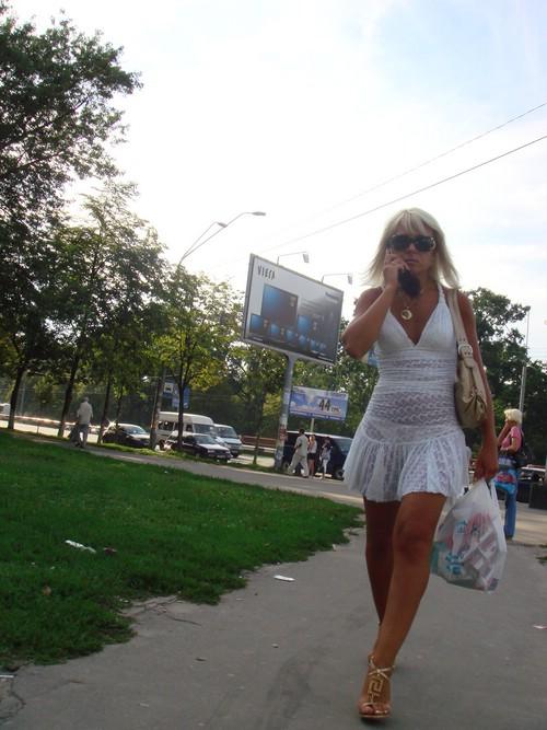 No dejo de desnudarme en los parques de cali - 1 2