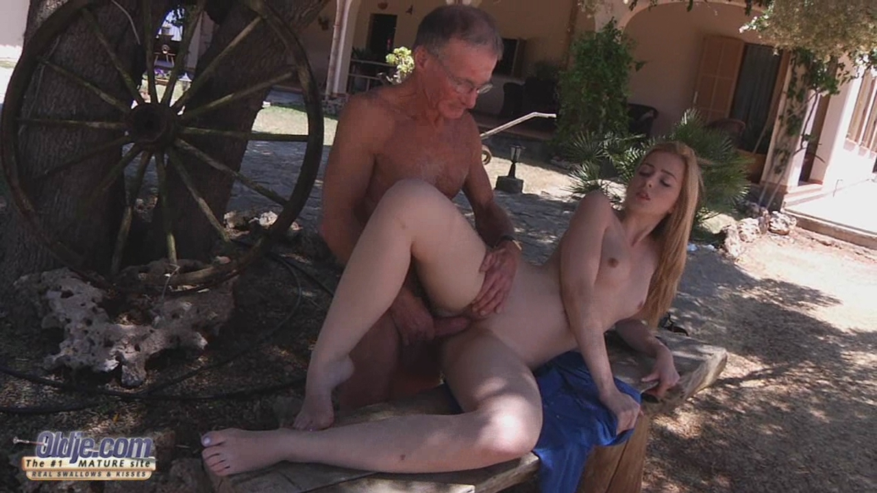 Slutty granddaughter seduced own grandfather!-0-16-29-827,