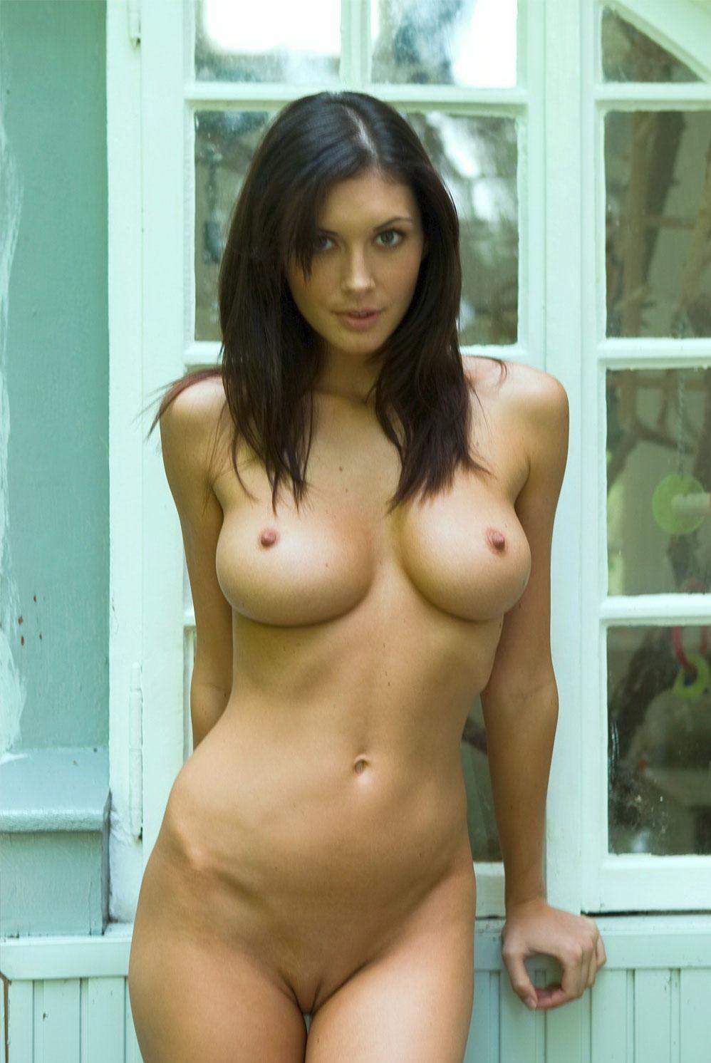 Частное фото девушек дома голые 9 фотография