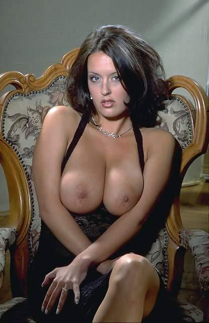 sovremennie-porno-aktrisi-spisok