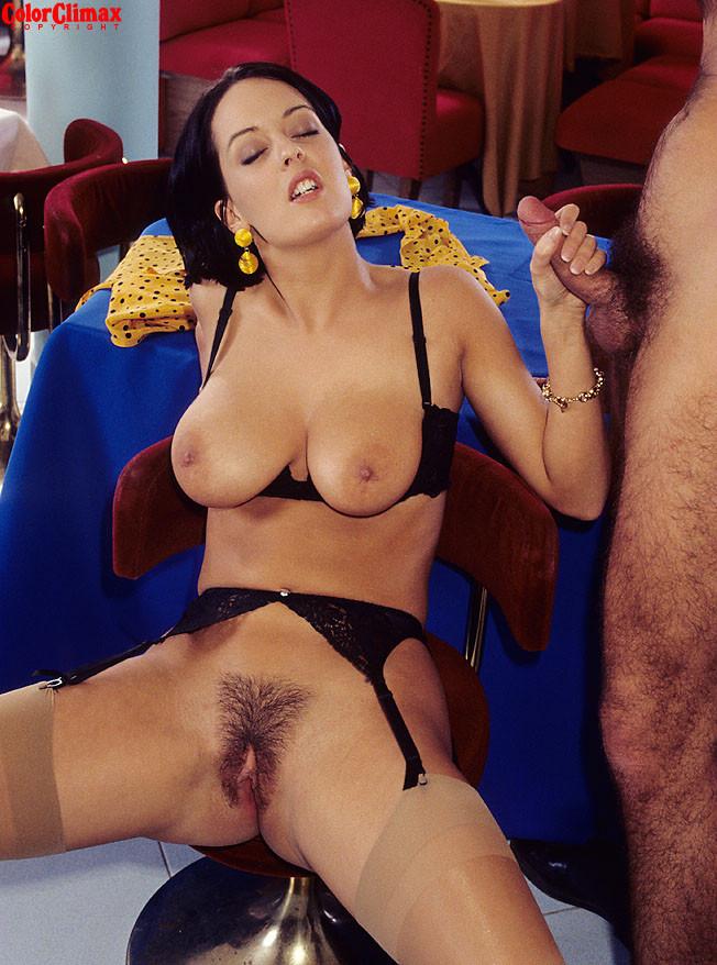 Итальянская порно актриса моника