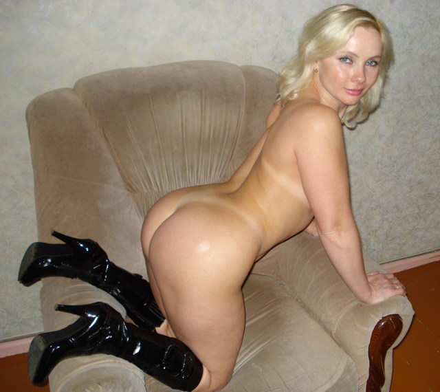 Голая зрелая блондинка ирина фото 540-426