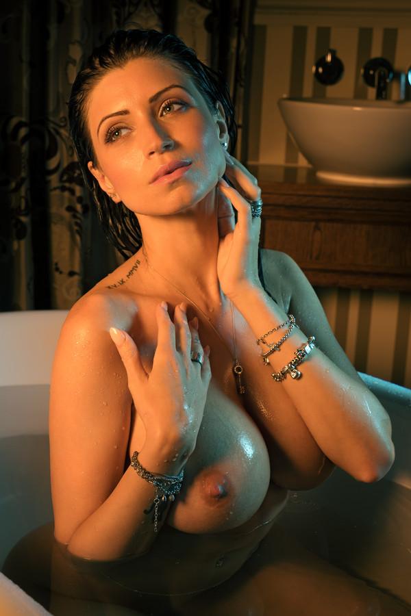 Lily Roma una morocha muy sensual