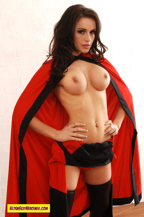 hottest nude super heroes female