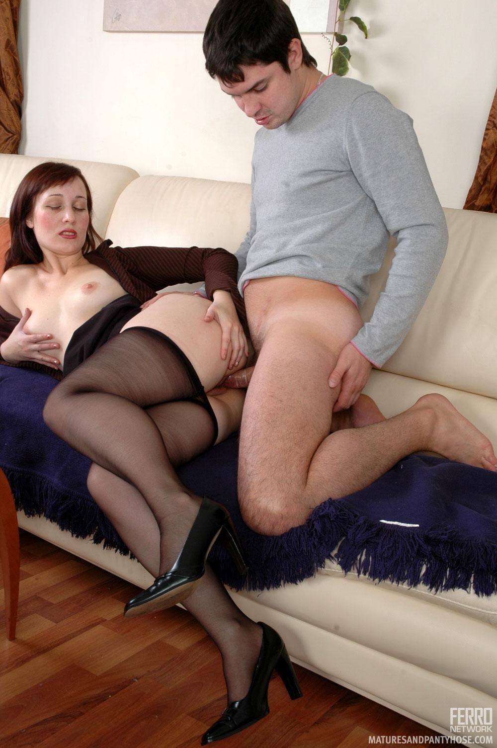 Fucking matures in pantyhose — pic 14