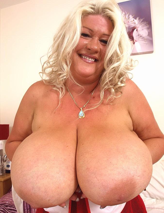 Big tits mom pics, mature porn pictures